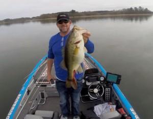 Jtodd tucker reels in big bass on lake seminole teen for Renew ga fishing license