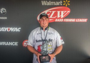 Baty shares secrets to flw win jeter wins co angler title for Walmart with live fish near me