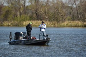 Local anglers dominate lake seminole flw tournament for Lake seminole fishing
