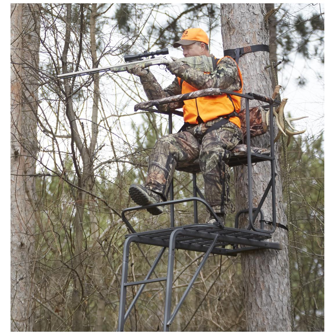 Staying Safe While Hunting From A Tree Stand Review Tips